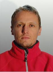 Elvir Čišić : Spasavalac
