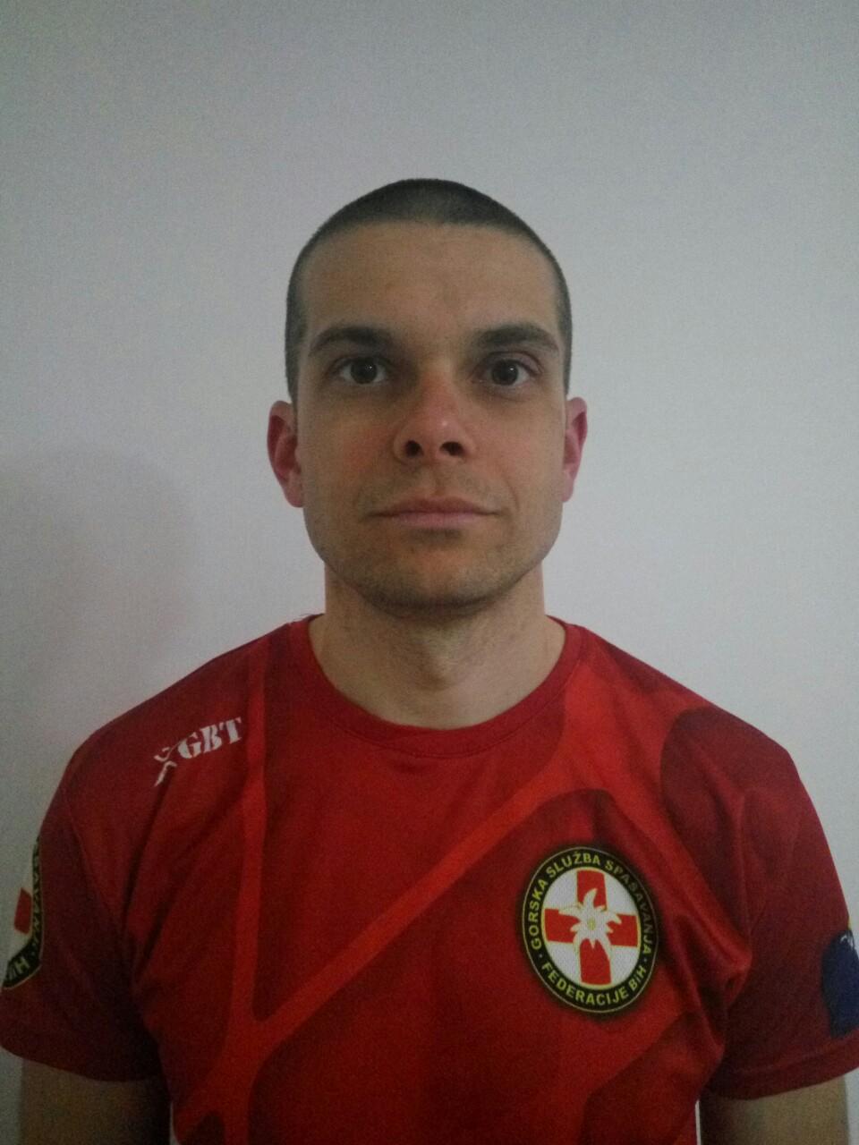 Teo Jergović : Pripravnik